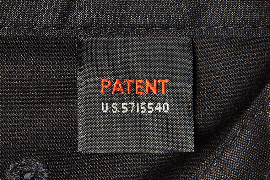 15.6277XXL_patent_black_860_573.jpg